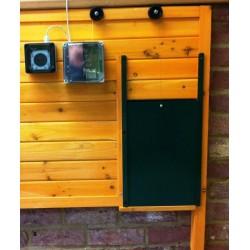 porte automatique de poulailler vendre la belle caille de bl la belle caille de bl. Black Bedroom Furniture Sets. Home Design Ideas